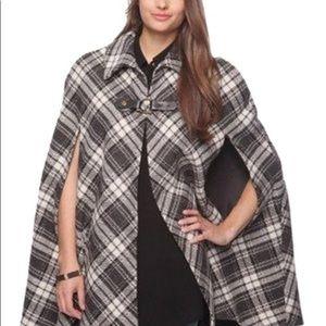 Ladies plaid cape
